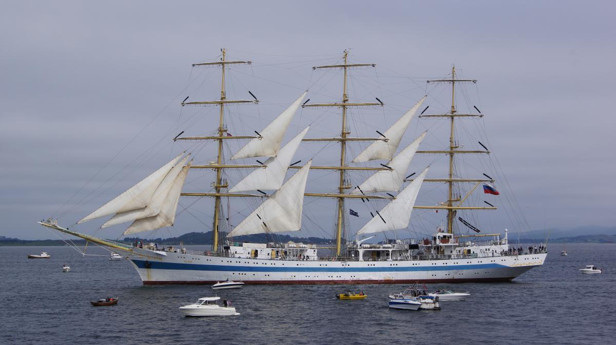 Schooner Vessel Sailing vessel