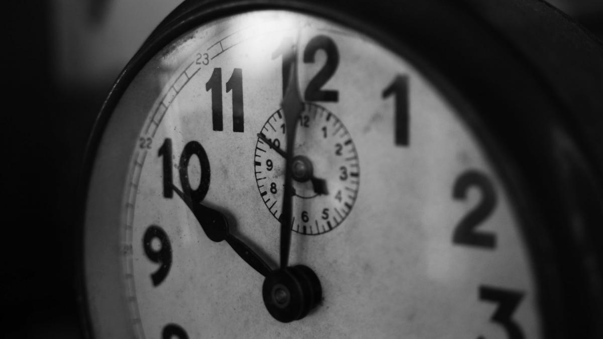 Clock Timepiece Analog clock #12224