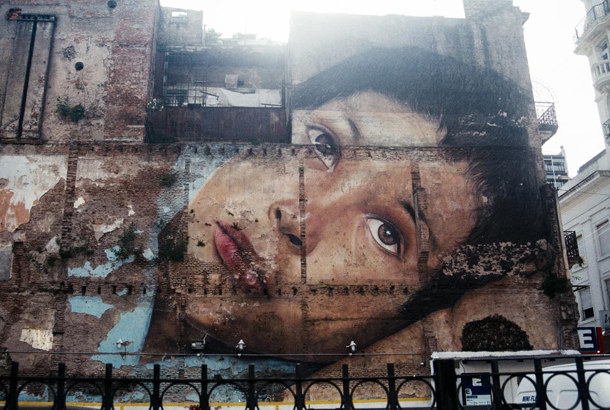 Graffito Billboard Decoration #130408