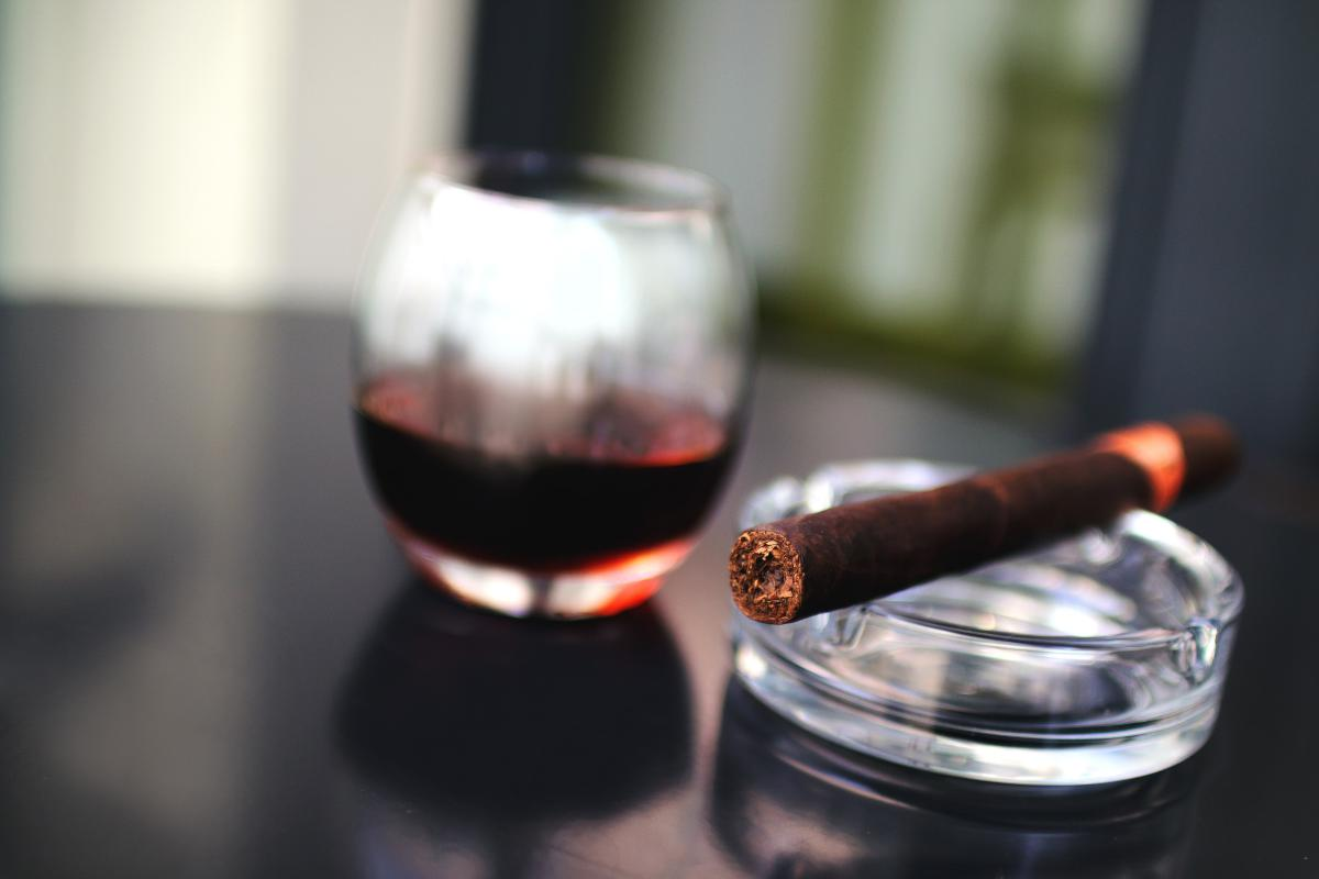 Wine Alcohol Beverage #13723
