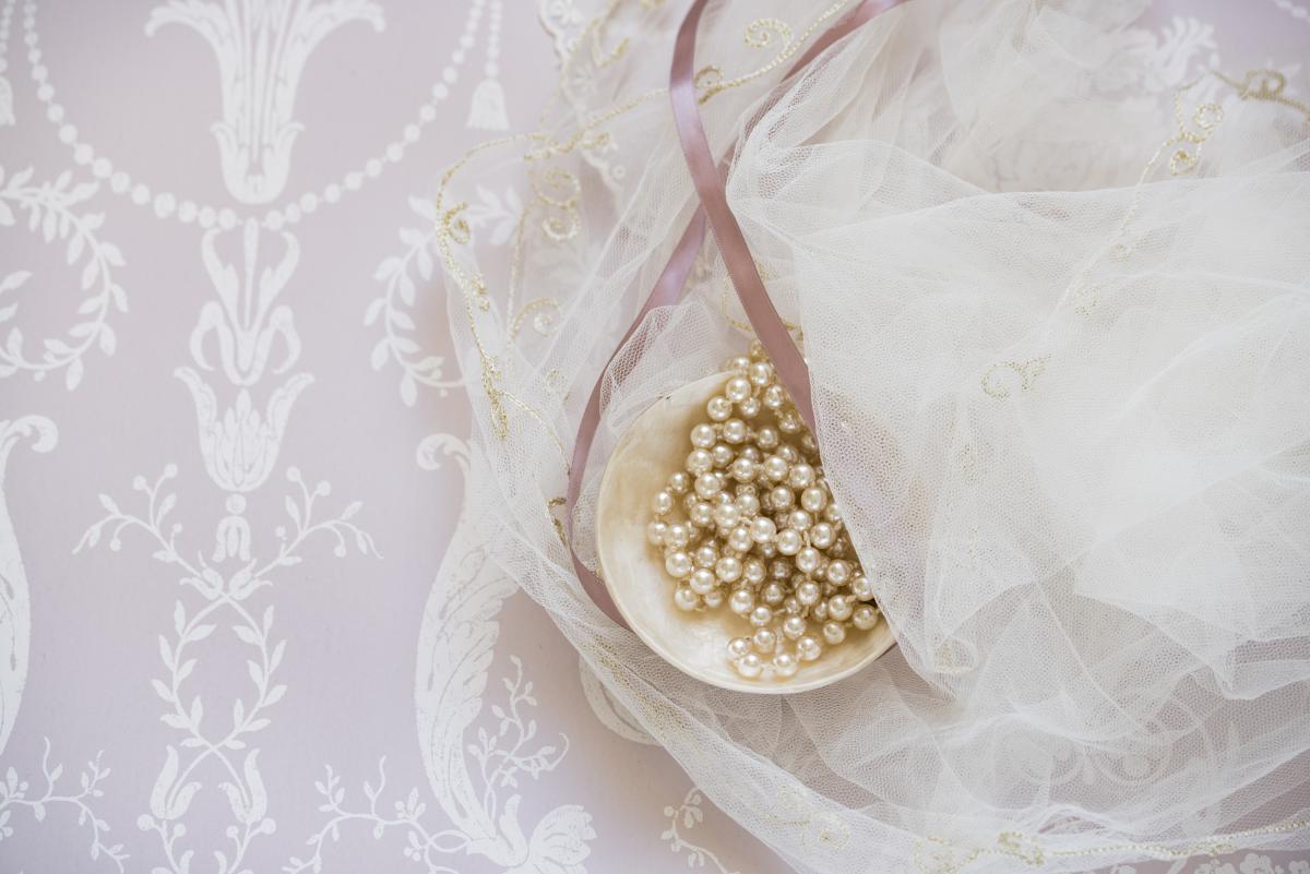 Flower Bone Gold