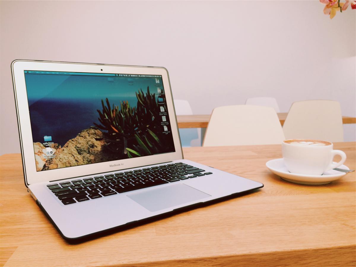 Apple macbook air laptop  #16945