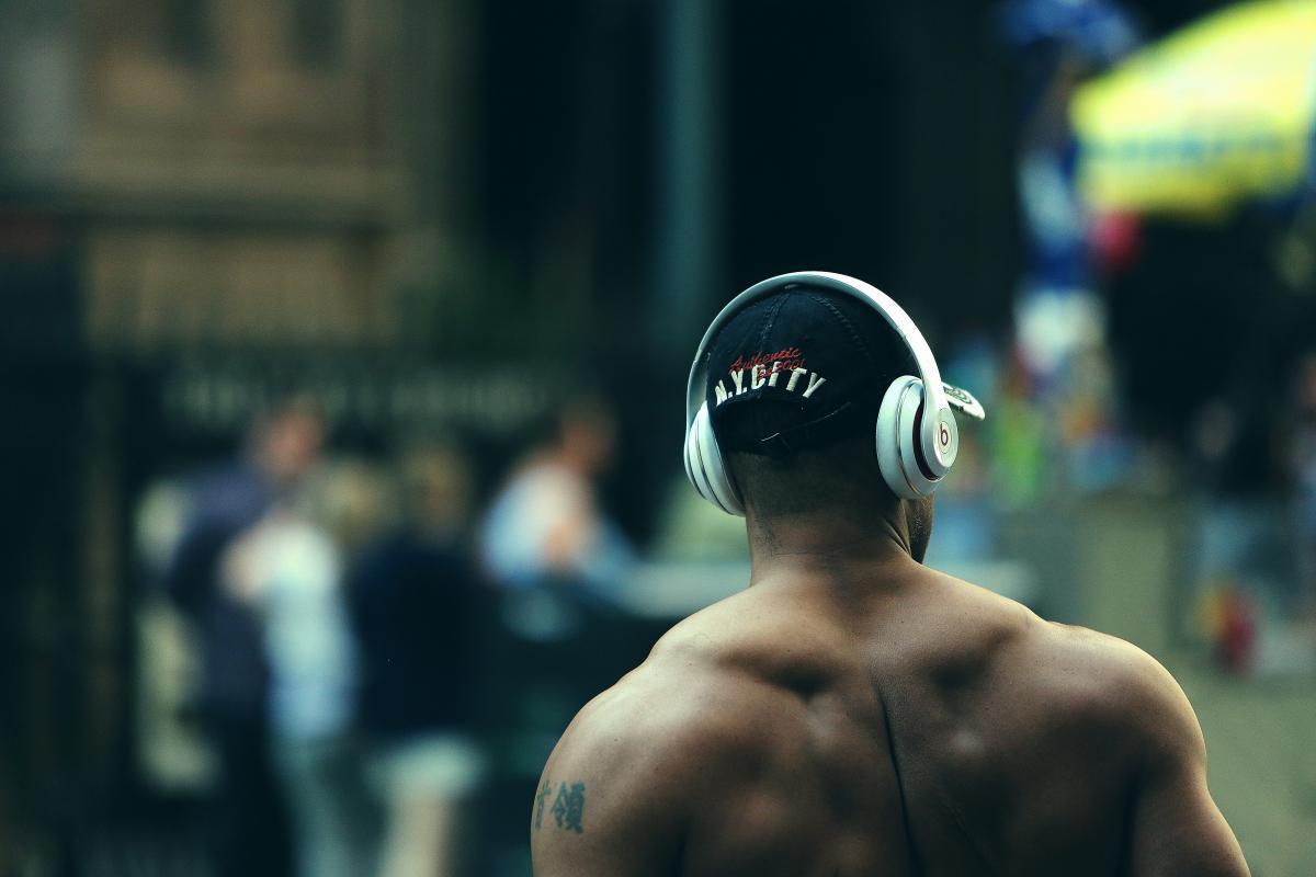 bodybuilder muscles fitness