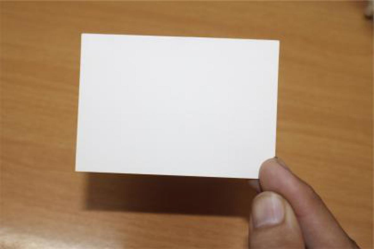 card note hand