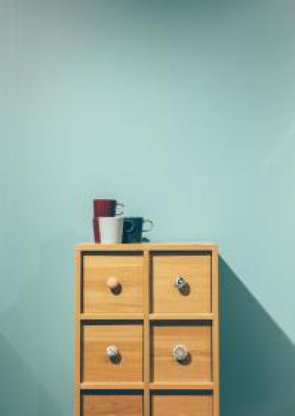 minimal furniture drawers
