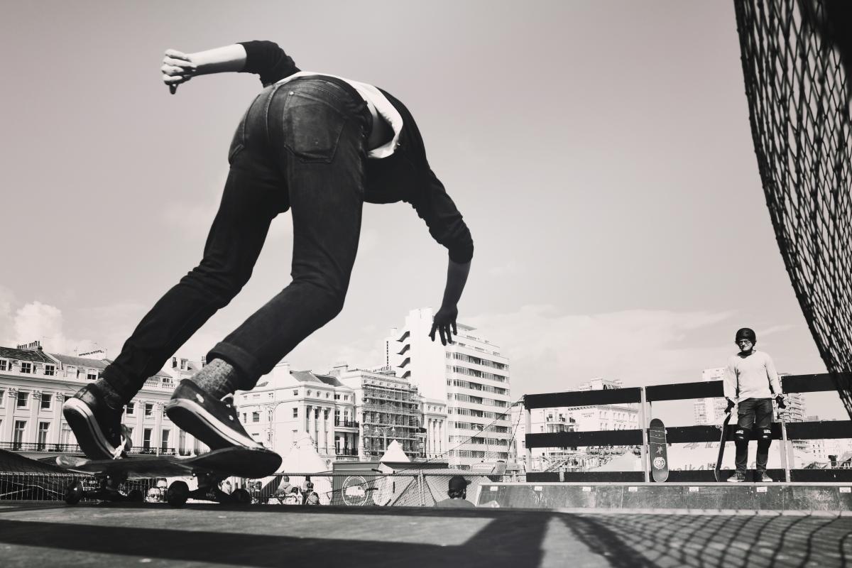 Skate Skateboard Wheeled vehicle