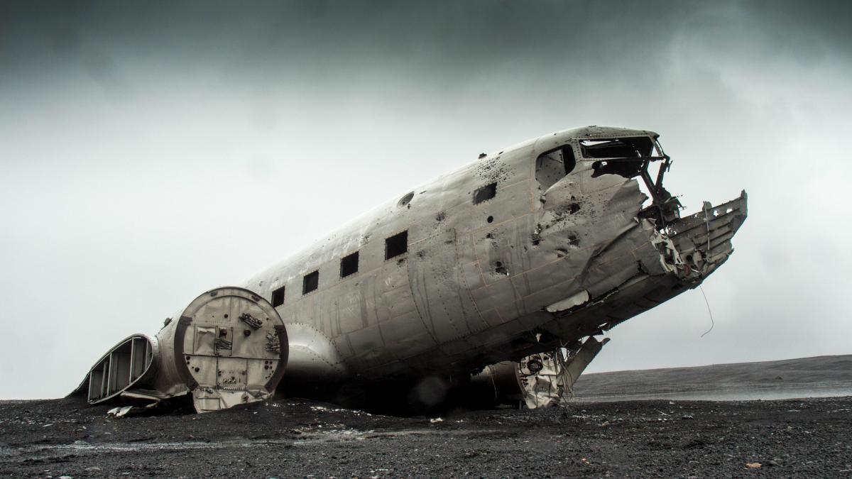 airplane crash damage