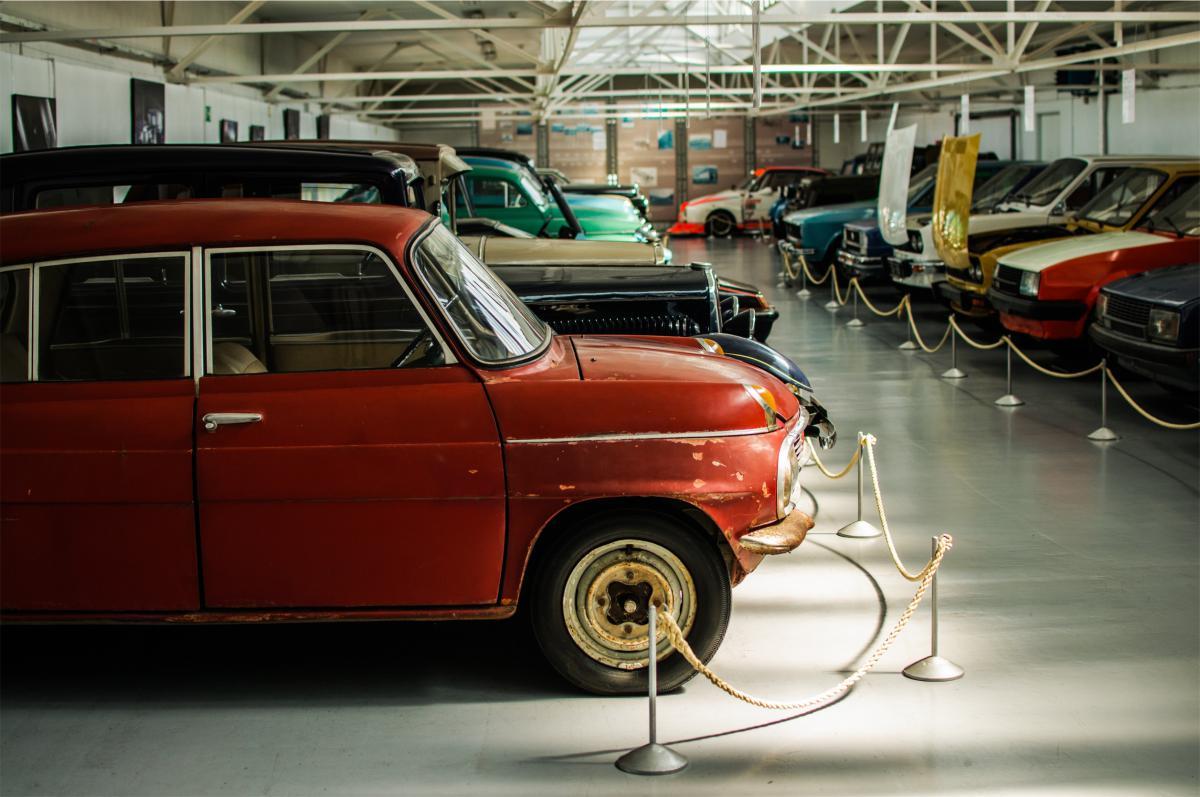 cars garage automotive