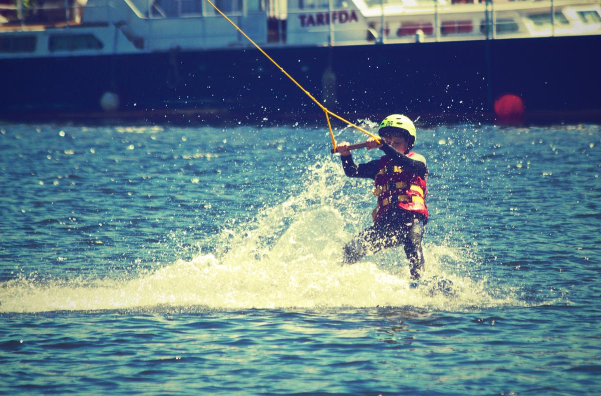Waterskiing boy child  #20517