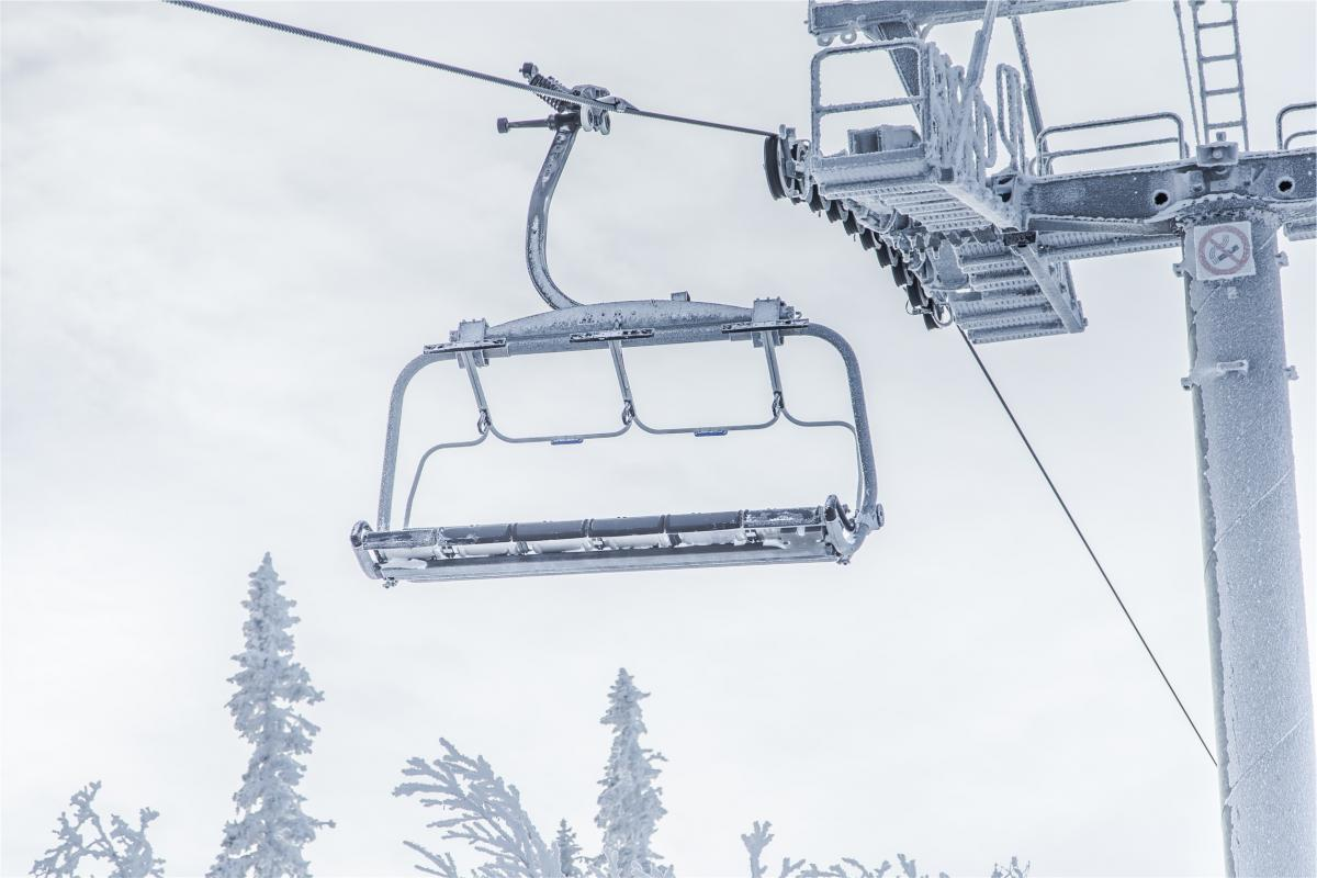 Chairlift winter snow  #21494
