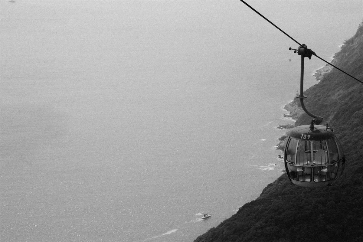 Gondola lift mountains  #22444
