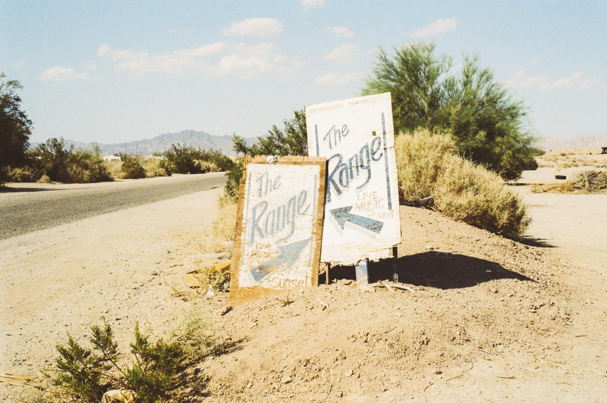 range signs road
