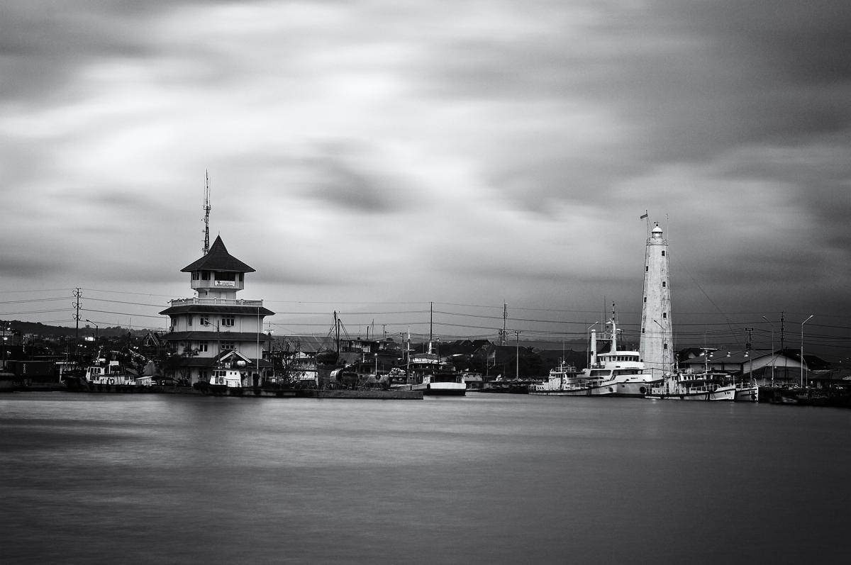 lighthouse marina harbor