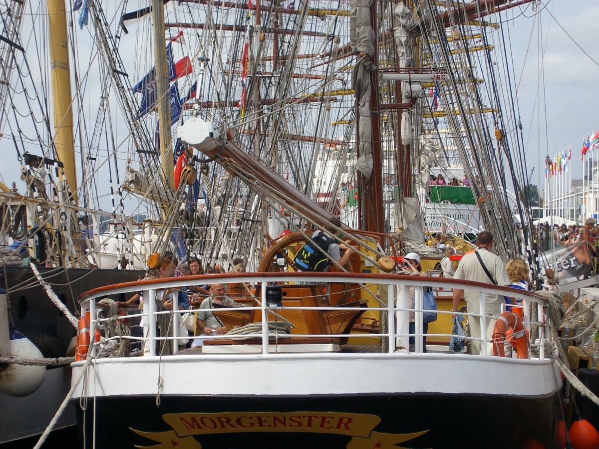 Pirate Ship Vessel