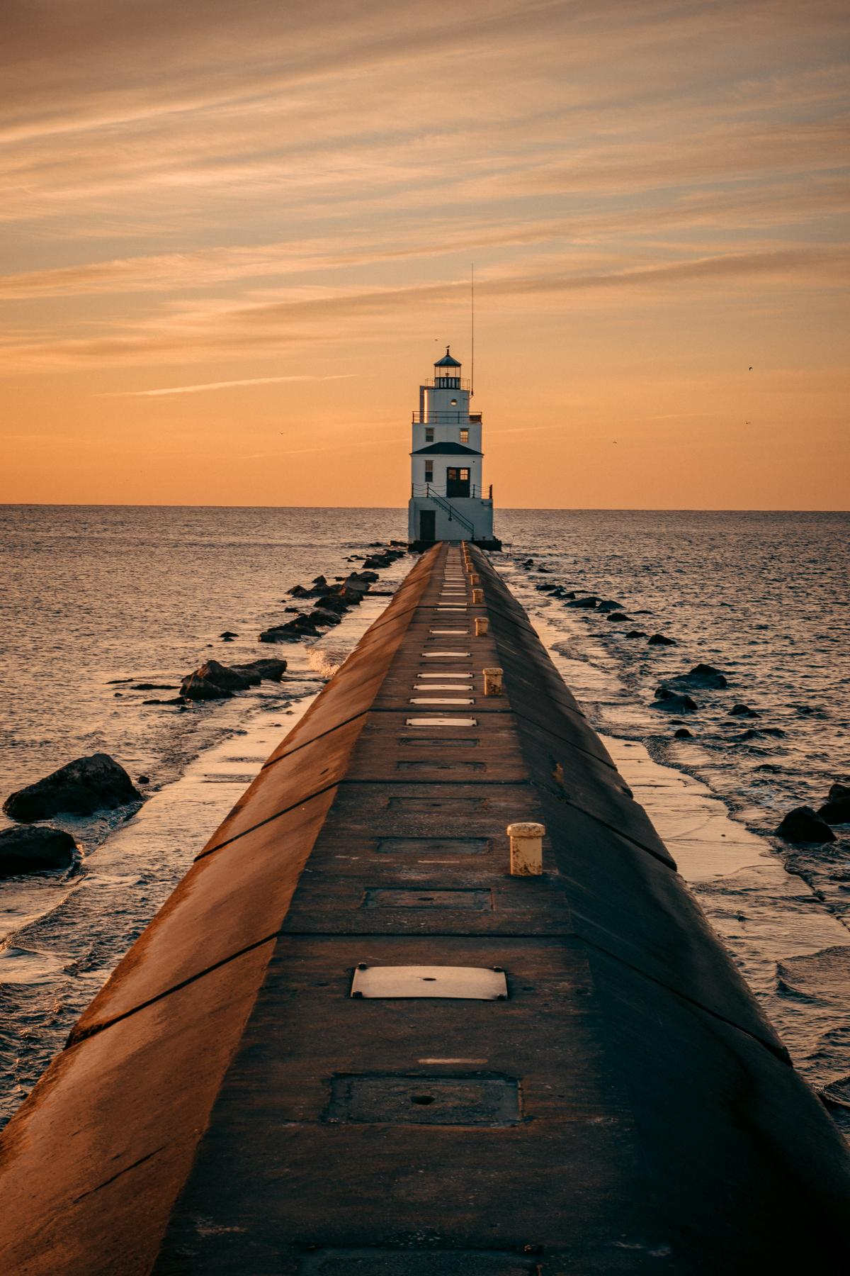 Lighthouse During Golden Hour #326581