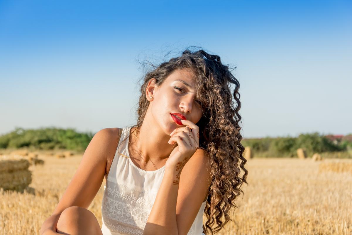 Portrait girl curly hair hair #35307