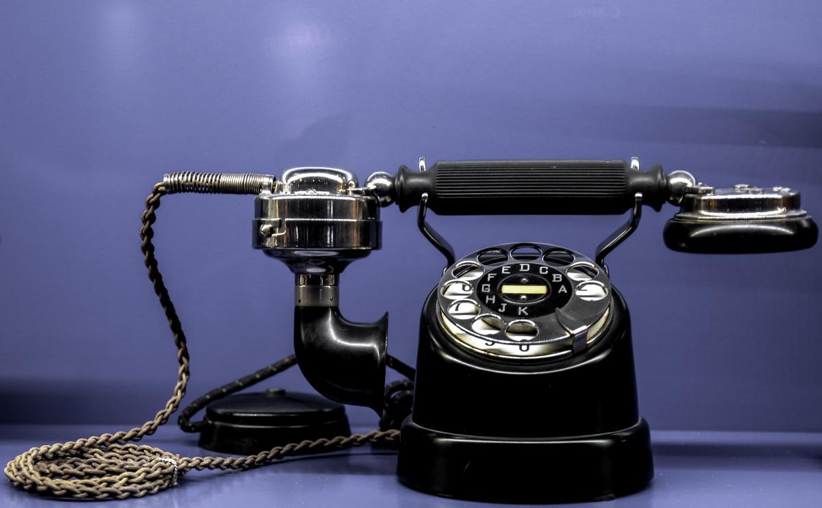 Black Classic Telephone #35337