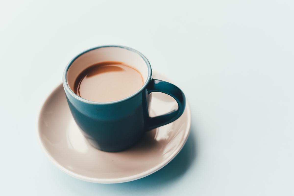 Teal White Ceramic Coffee Mug in White Ceramic Plate #35434