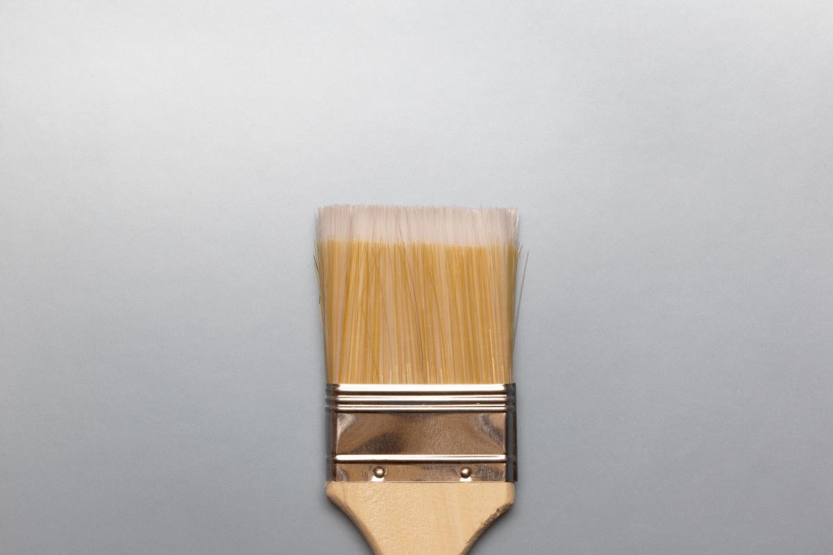 Wide Paint Brush Free Photo