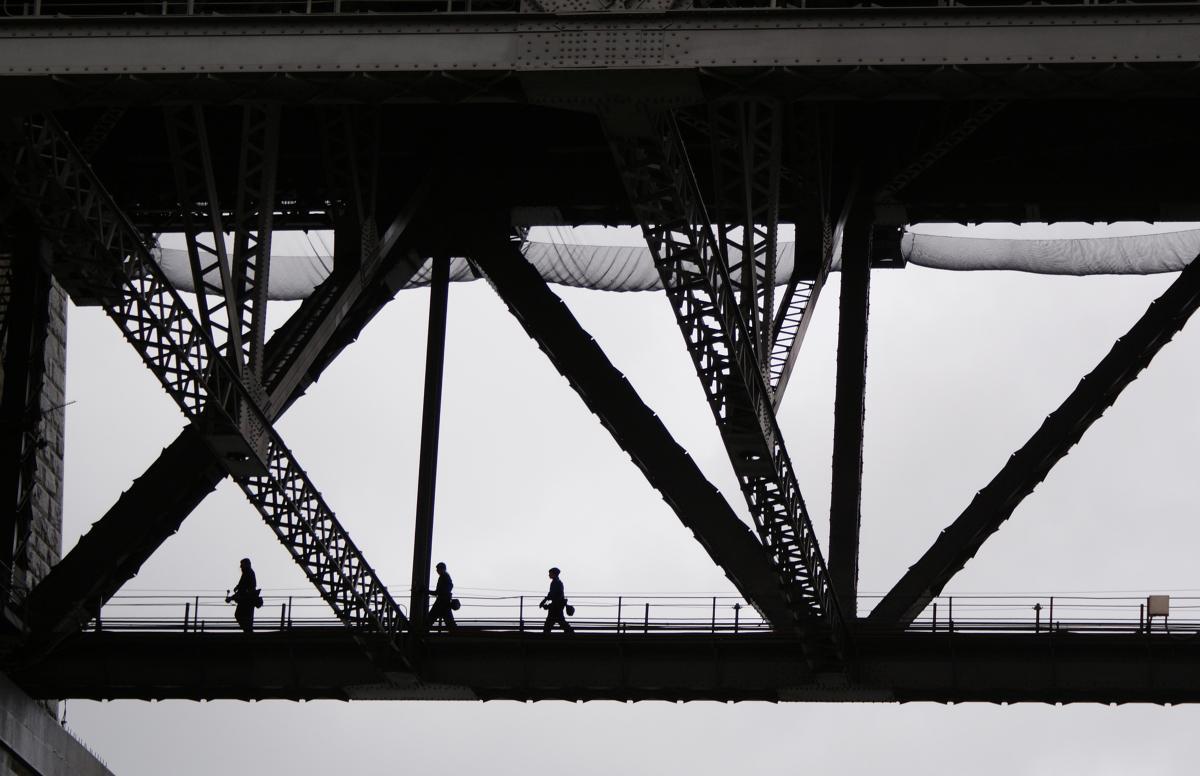 People Crossing Bridge Free Photo #422475