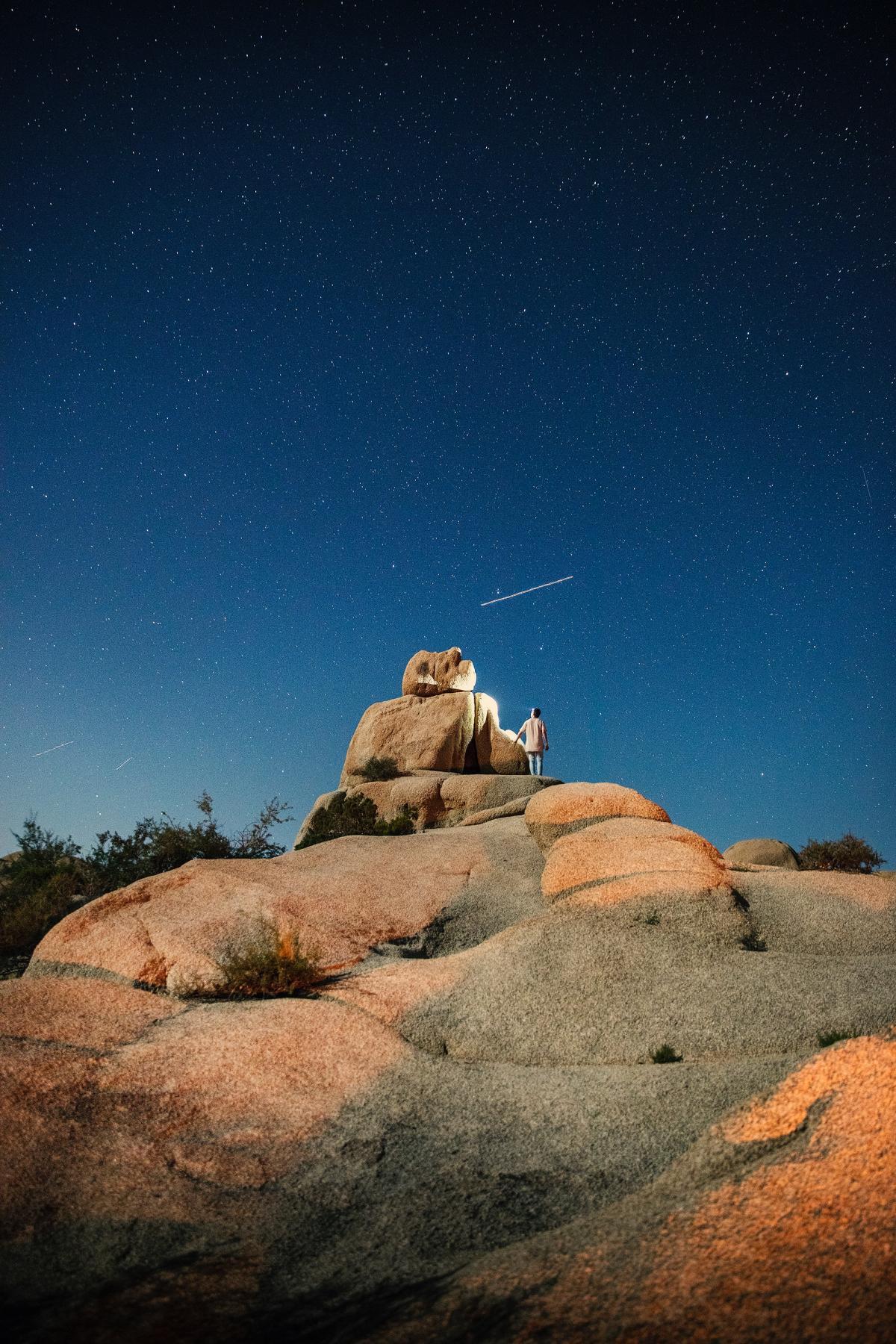 Knoll Rock Desert