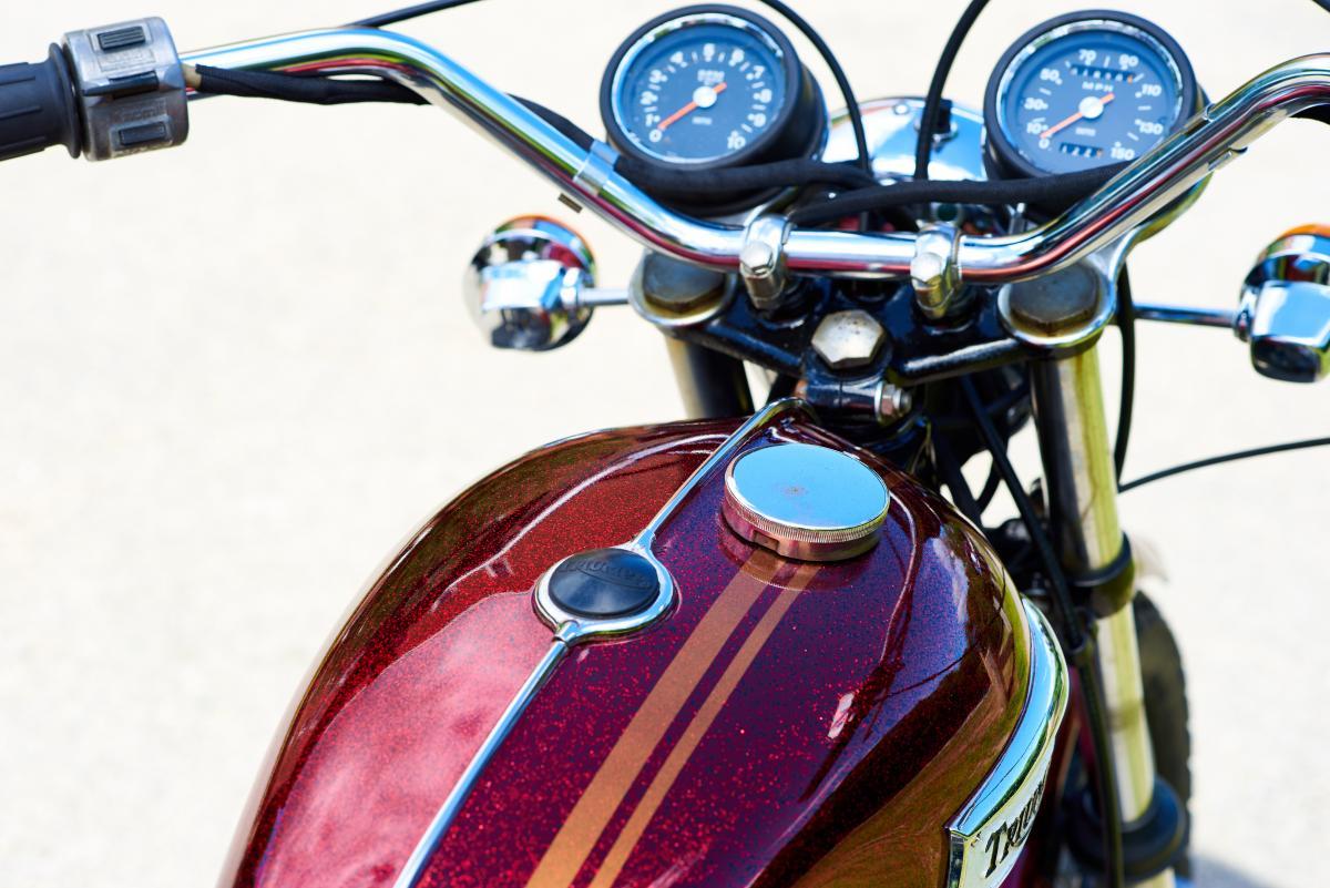 Vintage Motorcycle Tank Free Photo #425107