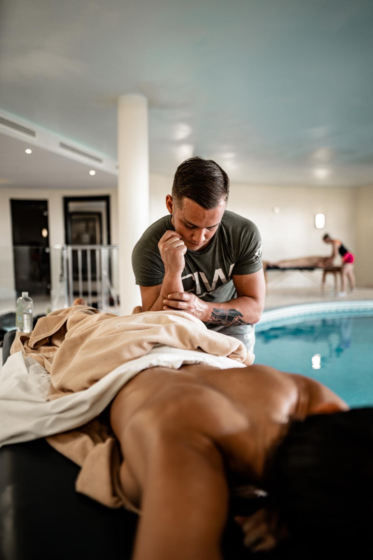 Health spa Place of business Establishment #425214