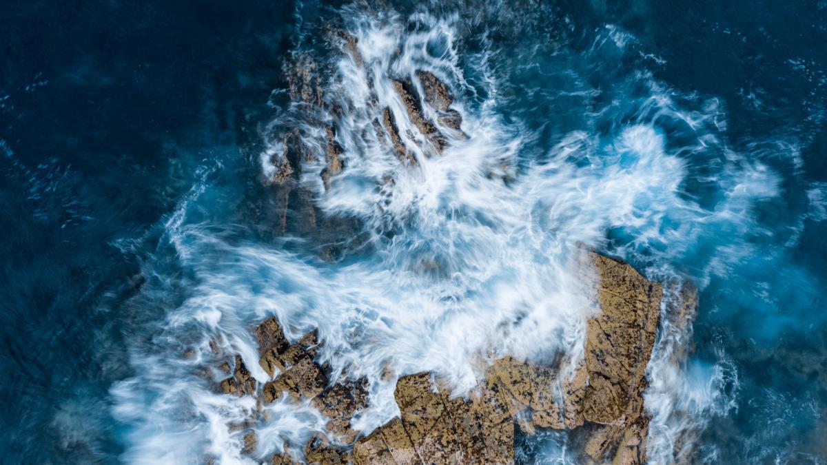 Ocean Ice Water