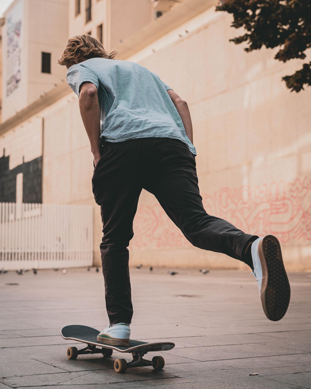 Skateboard Wheeled vehicle Board #425811