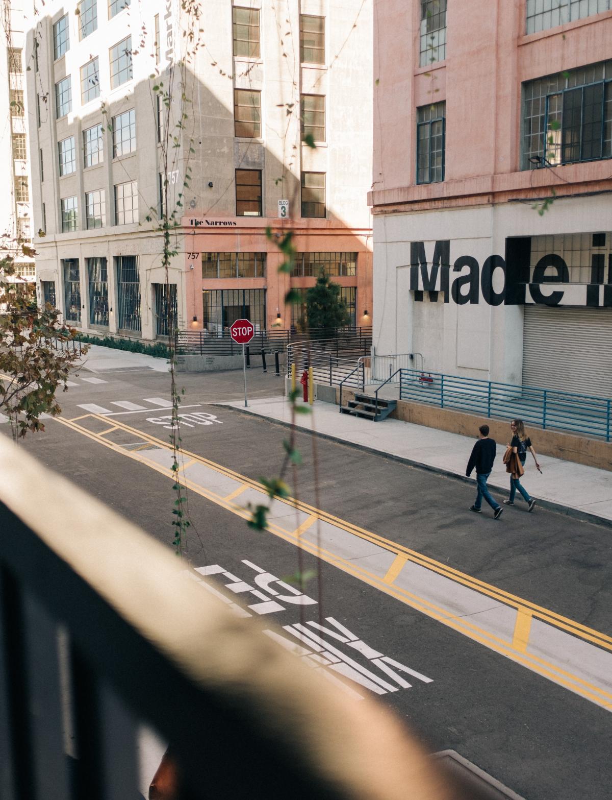 City Architecture Sidewalk #426079