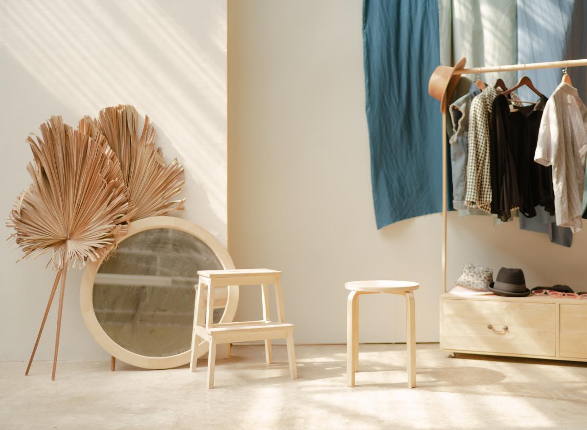 White Wooden Barstool and White Round White Mirror Frame #426163