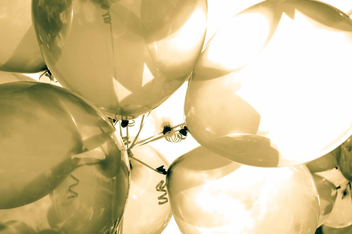 Weiße Luftballons #49837