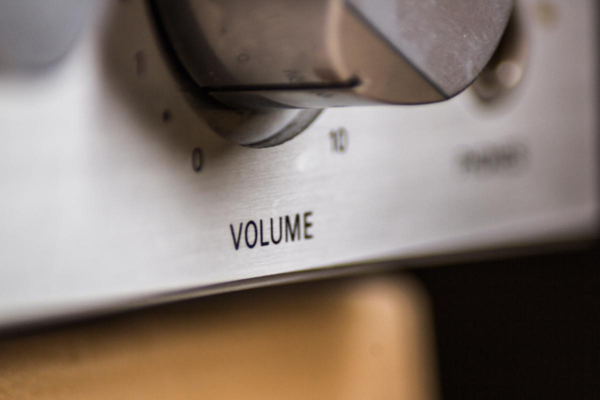 Loudness regulator