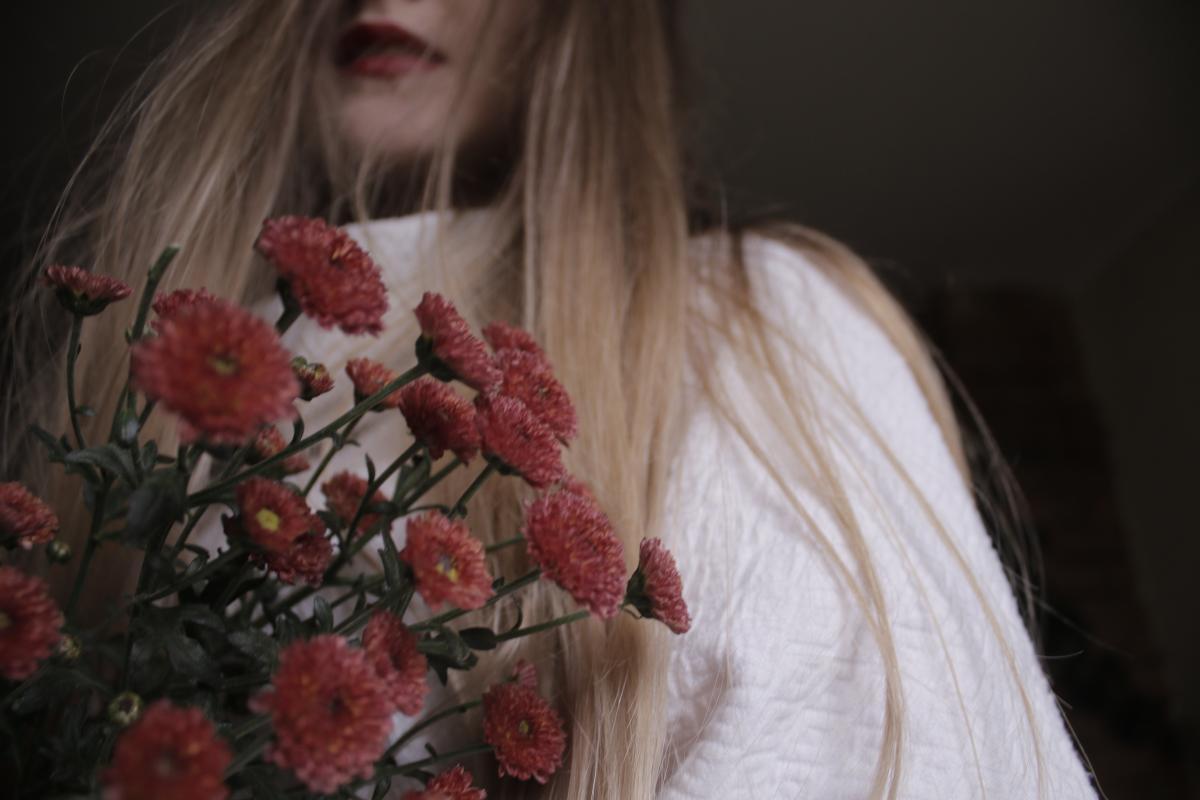 Free Flowers Girl Red Flowers Red Lips 56704 Stock Photo Avopix