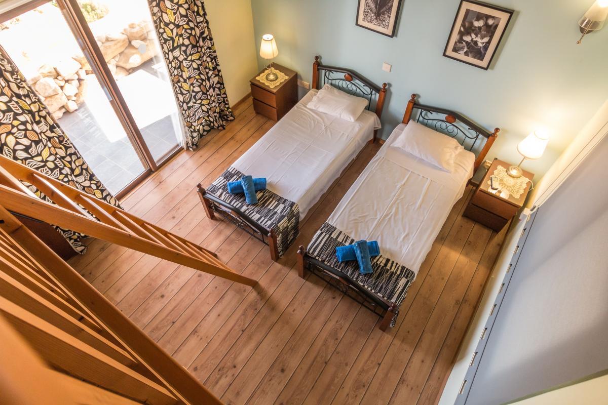 Bedroom beds interior design ladder #68698