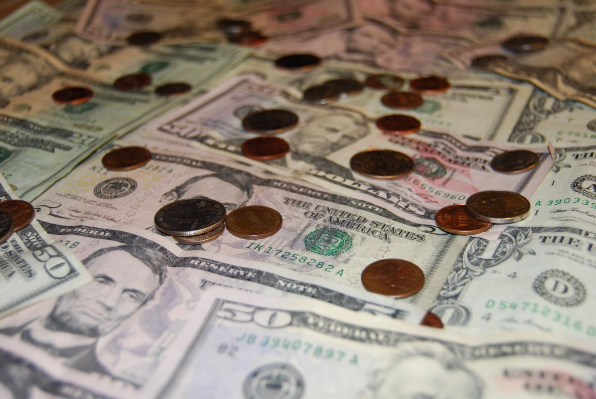 Argent de la facture riche en devises #70654