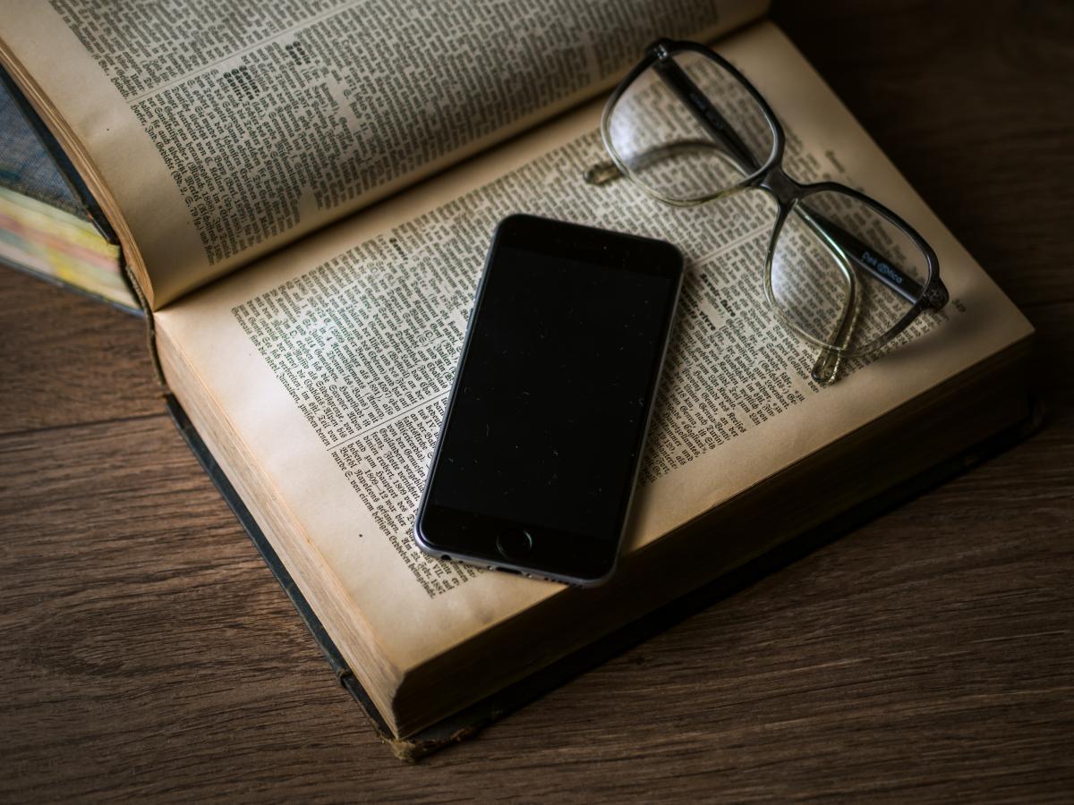 Black blank book bookcase #75349