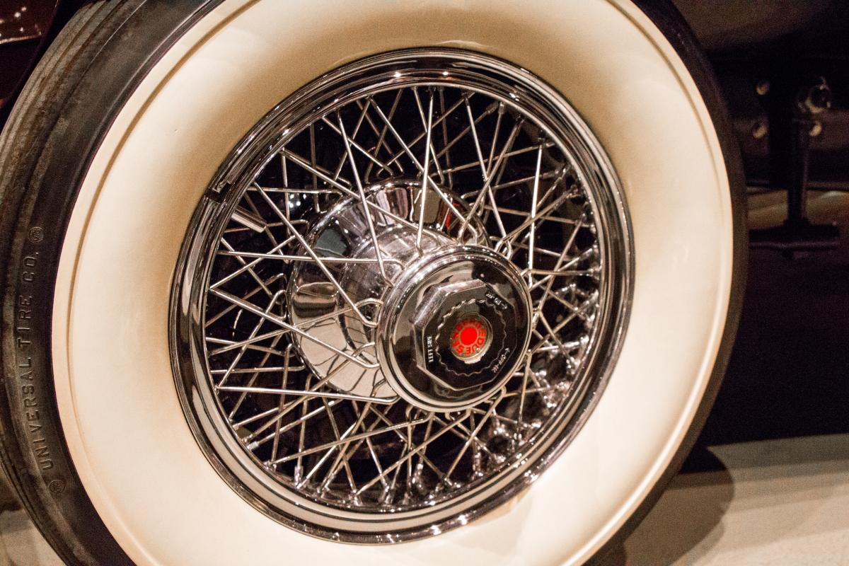 Aged alloy automobile black
