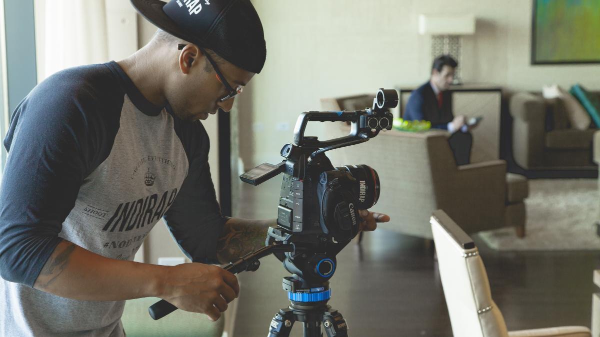 Black board c100 camera