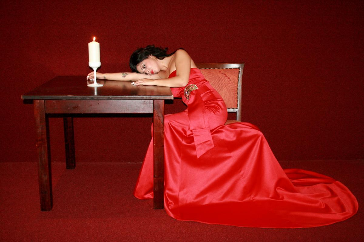 Beauty calling candle dress #85688