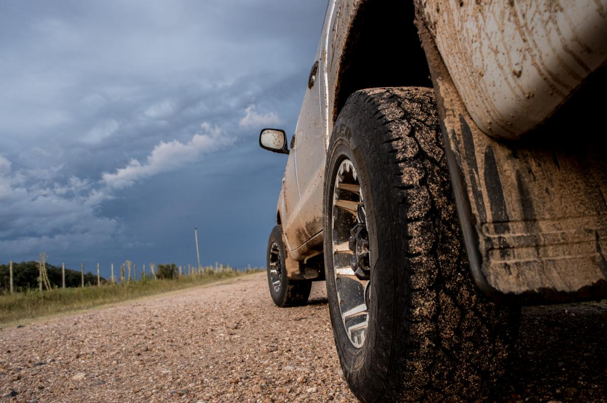 Cloudy skies dirt hilux toyota #87646