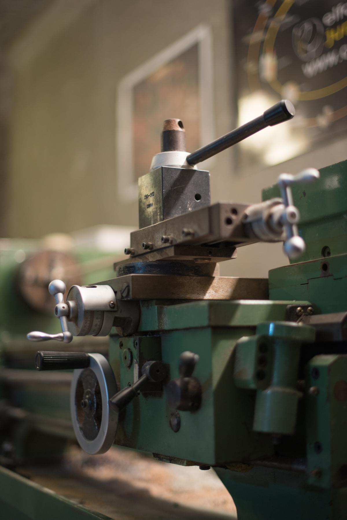 Billiard craft cue machine #87714