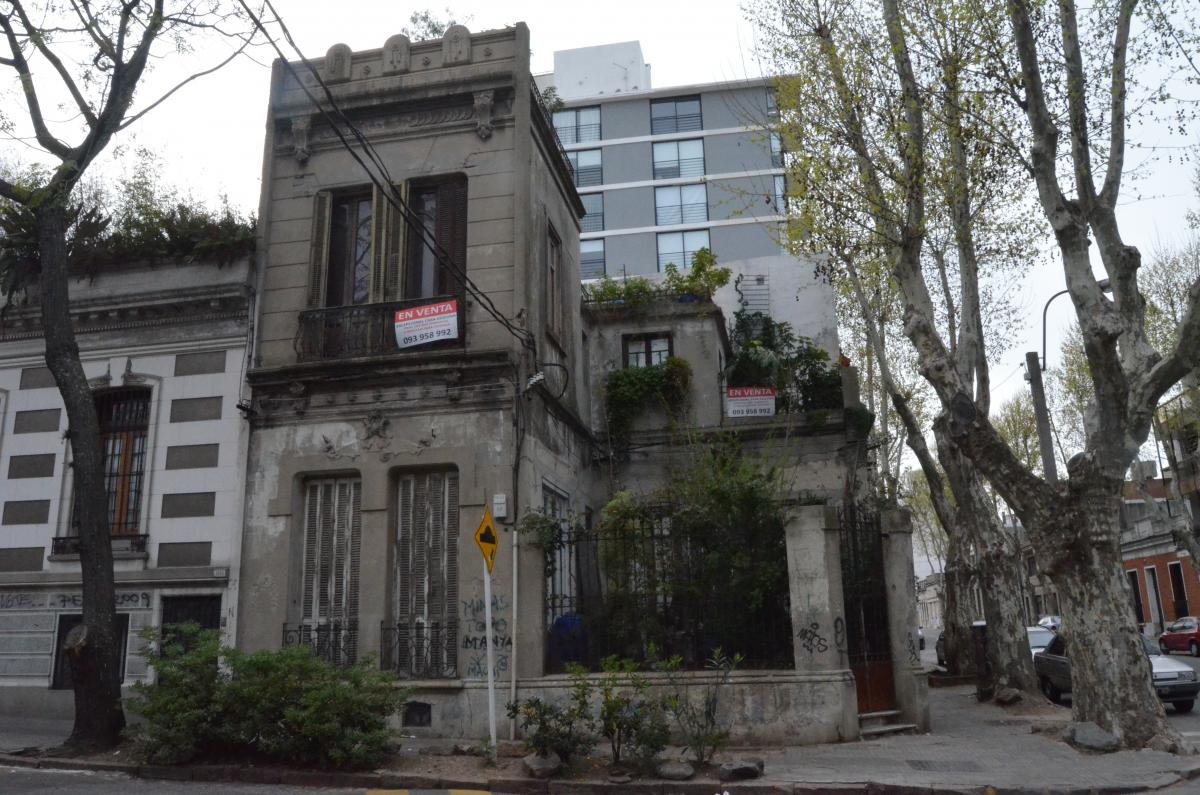 Montevideo #89634