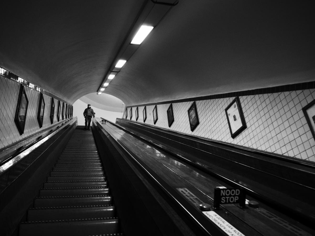 Métro urbain noir et blanc de Belgique #90978