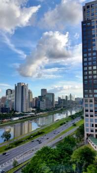 Avenue blue sky build city #100180