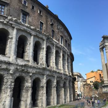 Architecture Forum Roman #143564