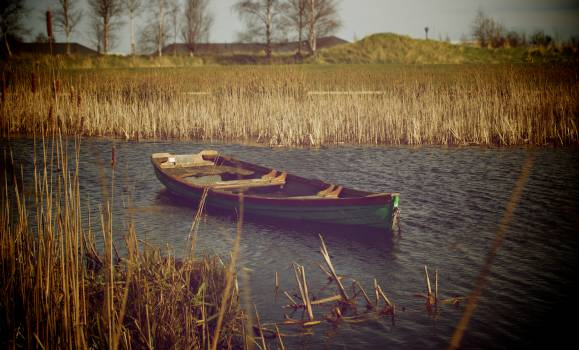 Boat Canoe Small boat #14900
