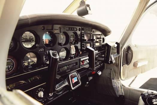 Cockpit Control panel Free Photo