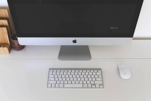 mac computer desktop  Free Photo