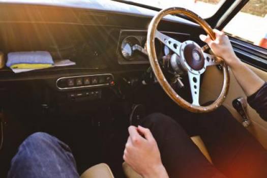 car driving steering wheel  Free Photo